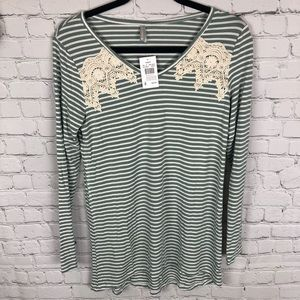 Vanity Lace detail striped Long Sleeve SZ Sm NWT